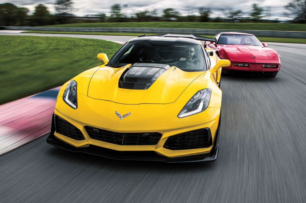 2019 Chevrolet Corvette ZR1 Meets 1990 Corvette ZR1
